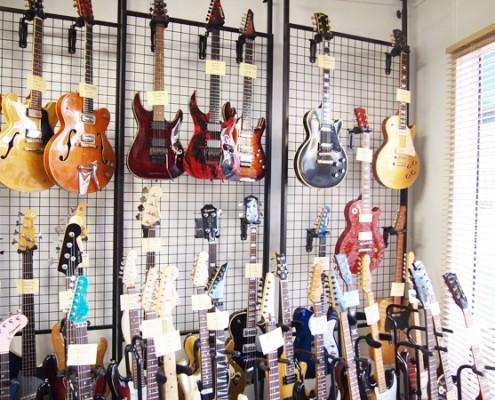 店舗ギターイメージ2